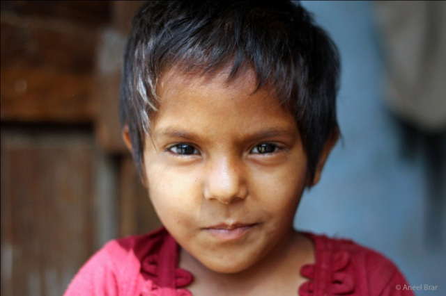 Girl living in an impoverished neighbourhood of Sri Ganganagar